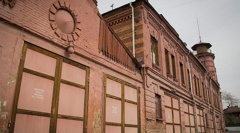 Чита, Чкалова 116, старое здание дореволюционной постройки. Чита, старое здание Почта России